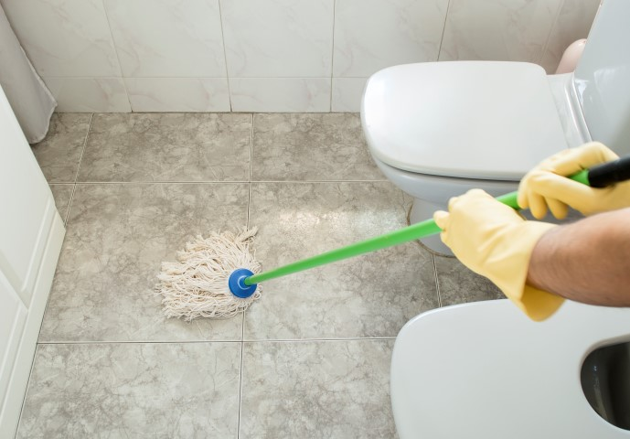 Home organisation northern beaches for How to professionally clean a bathroom